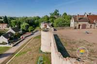 remparts-fortifications-allier-auvergne-ainay-le-chateau