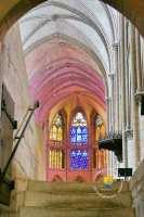 crypte-nef-cathedrale