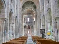 nef-romane-saint-etienne-de-nevers