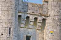 machicoulis-donjon-porche-entree