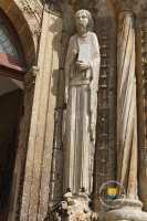 statue-eglise-XIIe-Prophete