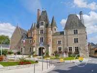 chateau-aubigny-sur-nere-chateau-des-stuarts