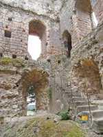 interieur-donjon-medieval