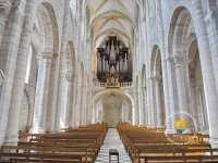 abbaye-fleury-saint-benoit-sur-loire-nef-choeur-orgue