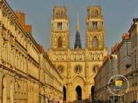 cathedrale-sainte-croix-orleans-ville-rue-jeanne-darc