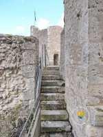 escalier-chemin-de-ronde-forteresse