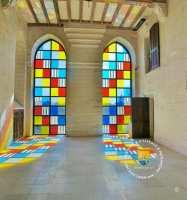 chapelle-art-moderne-buren-vitraux-chapelle
