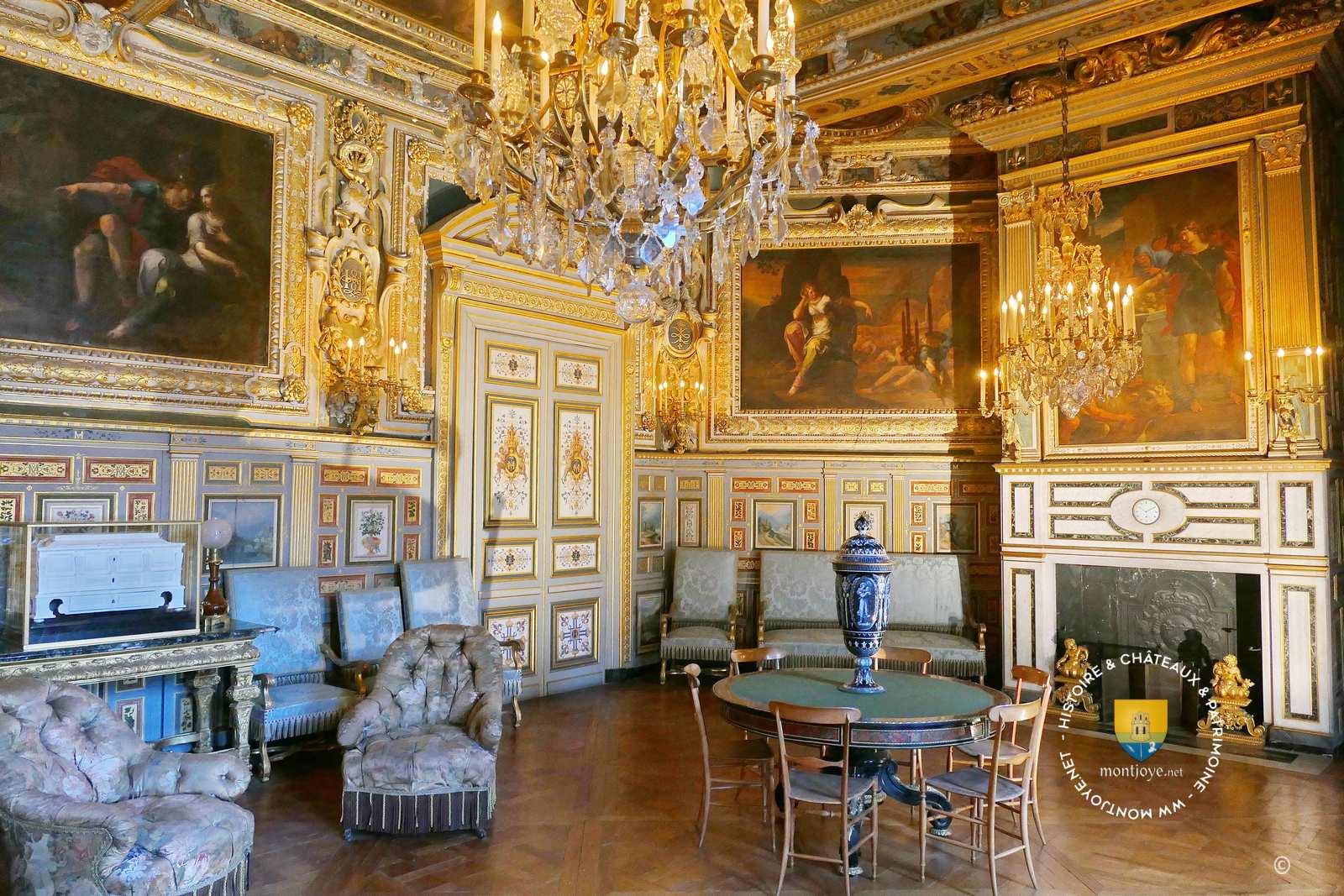 ch teau de fontainebleau seine et marne 77 le de france ch teaux de france. Black Bedroom Furniture Sets. Home Design Ideas