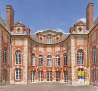 entree-cour-honneur-chateau