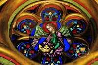 ange-vitrail-sainte-chapelle