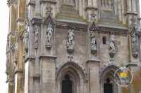 statue-detail-eglise-sainte-madeleine