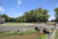 pont-douves