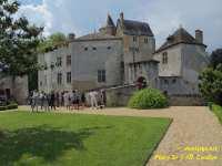 chateau-de-la-brede-pont-levis