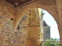 porche-entree-chateau-gironde