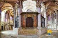 choeur-autel-cathedrale