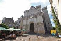 candes-saint-martin-collegiale-portail-entree-20