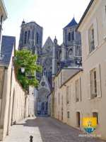 ville-porche-portail-cathedrale-bourges