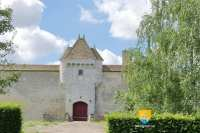 chateau-assay-porte-tour
