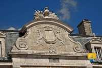fronton-logis-chateau-pierre-de-bresse-thiard
