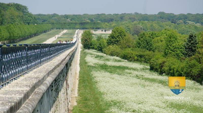 Terrasse le n tre saint germain en laye yvelines 78 for Perspective jardin 78
