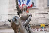 vaucouleurs-president-republique-sarkozy-statue-jeanne-darc